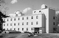 The new Geophysical Institute building with retractable dome and other equipment. In later years, it became known as the Chapman Building. Photo: Geophysical Institute